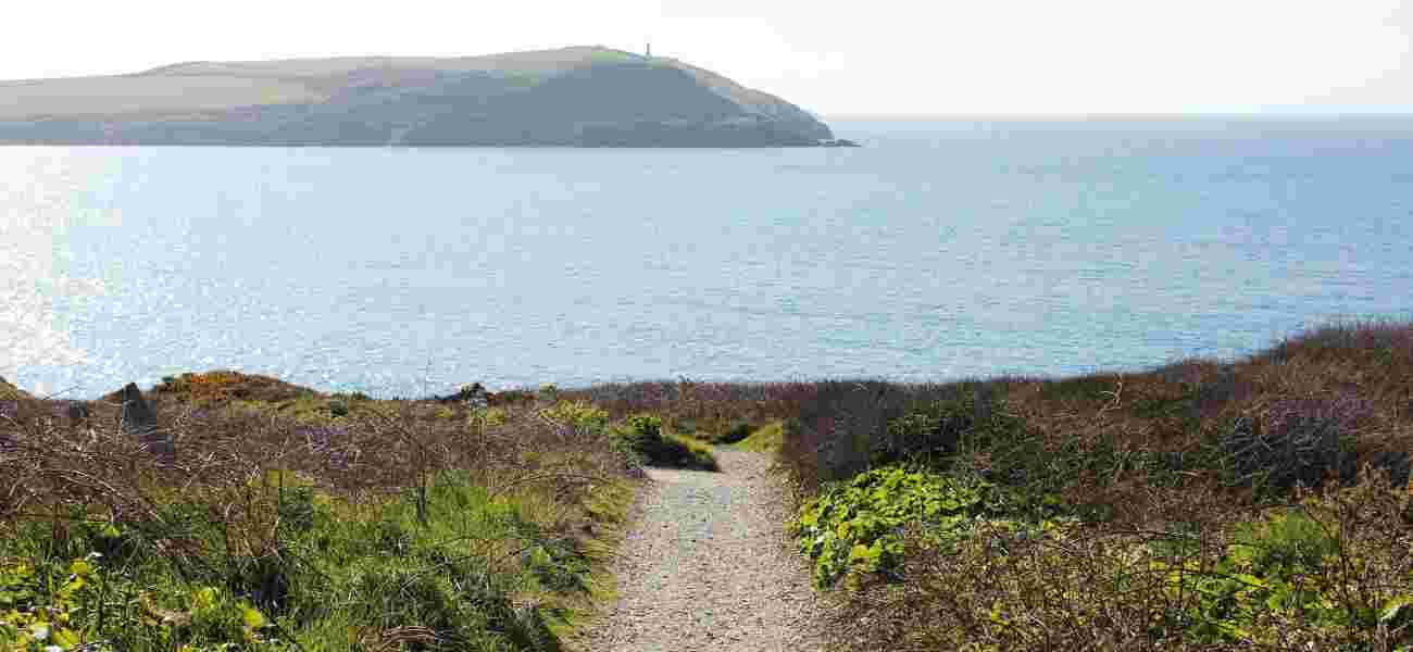 A coastal path offers beautiful sea views near the Highcliffe Holiday grounds.